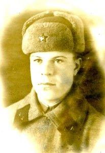 Беломытцев Дмитрий Дмитриевич. Фото 1941 г. Возраст - 19 лет